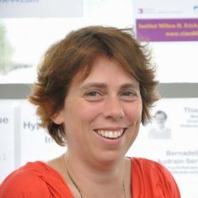 Dr Elise Lelarge